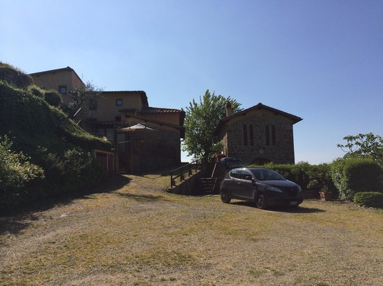 Podere Casarotta: The site from reception