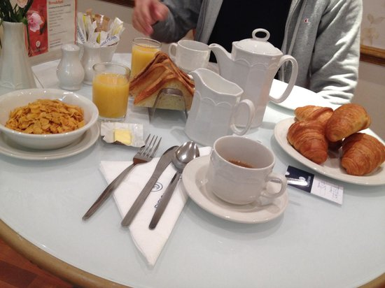 Brunel Hotel: Colazione al Brunel