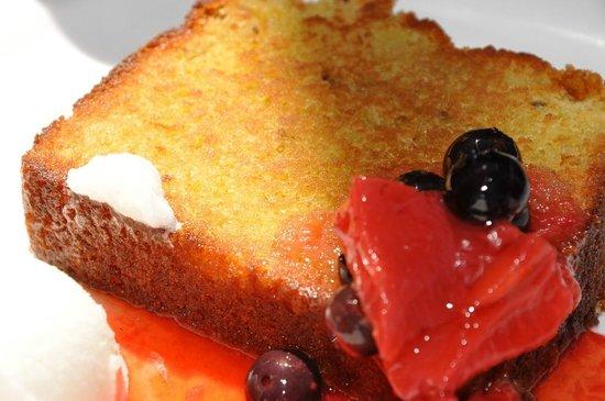 La Grande Orange Cafe : Olive Oil Cake