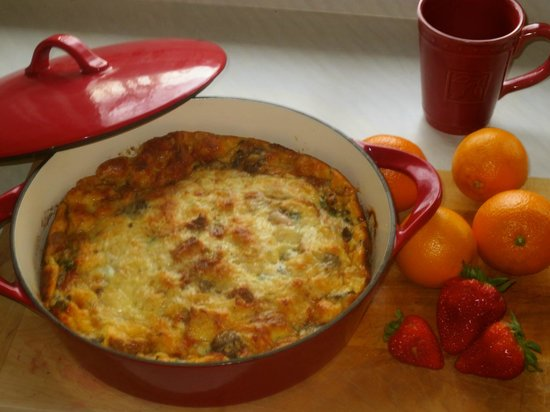 Carriage House Bed and Breakfast: Breakfast Strata