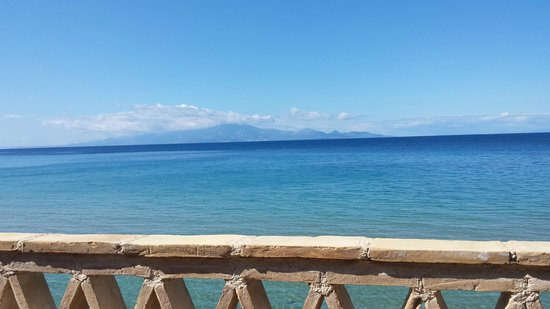 Porta del Mar Beach Hotel: Looking out to Kefalonia from the terrace