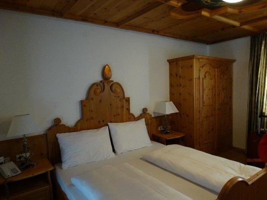 Q! Hotel Maria Theresia: quarto