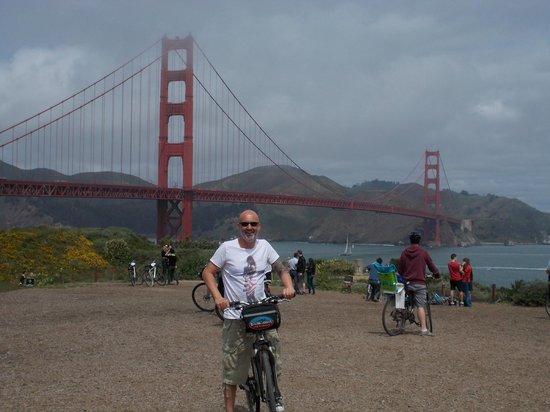 Golden Gate Bridge : After the slight hills