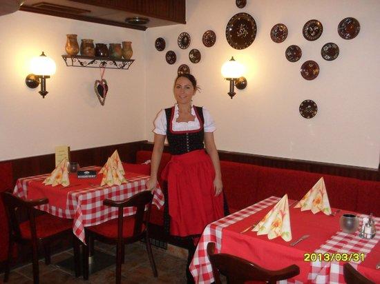 piroschka das ungarische restaurant wien w hring restaurant bewertungen telefonnummer On ungarische restaurant
