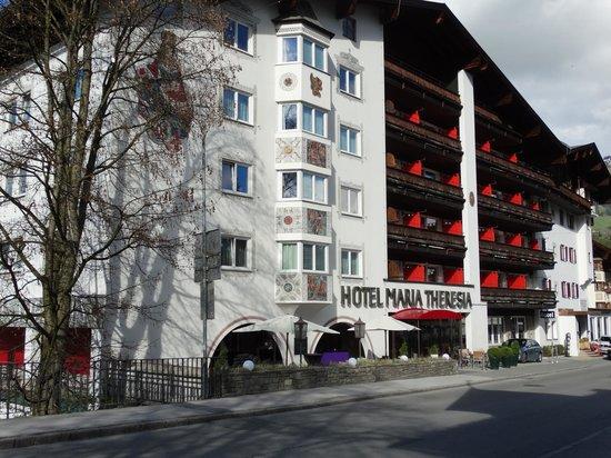 Q! Hotel Maria Theresia: frente do Hotel