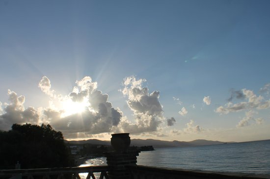 Porta del Mar Beach Hotel: Sunset terrace view