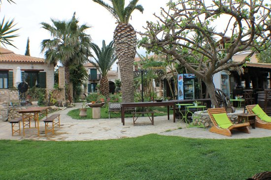 Porta del Mar Beach Hotel: Grounds