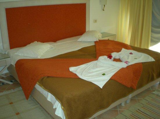 Marhaba Club Hotel: Bed layout