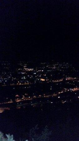 Mariensäule: Fantastic Views at night