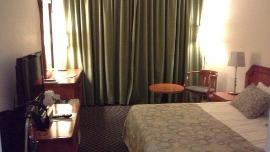 Montefiore Hotel: Room