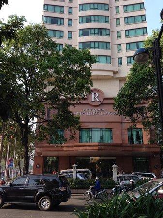 Renaissance Riverside Hotel Saigon: ホテル外観