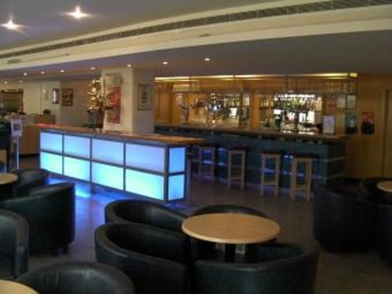 St Giles Heathrow - A St Giles Hotel: Bar