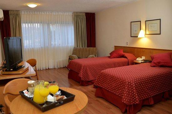 Armon Suites Hotel: Superior Twin Room