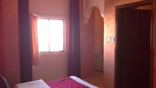 Al Qidra Hotel : Room