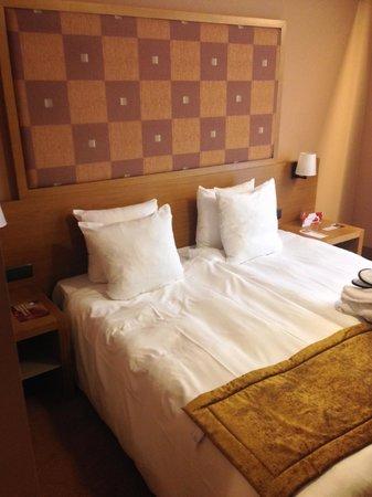 Hotel Quartier Latin : bed