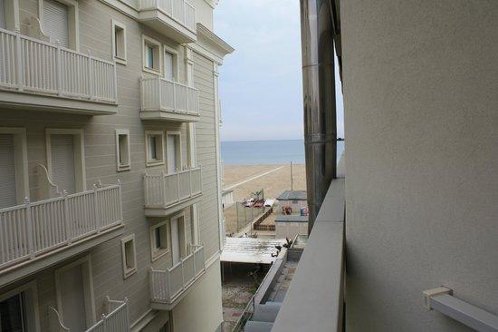 Hotel Nord Est: вид с балкона