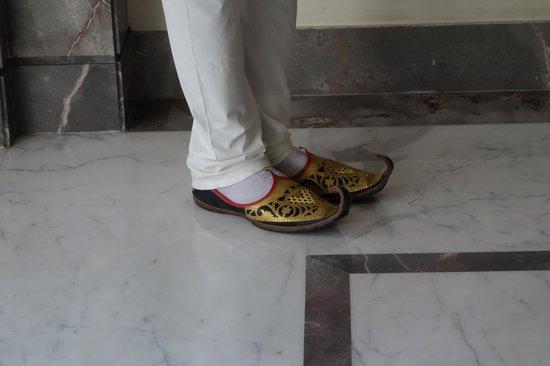 Lemon Tree Premier: love those shoes