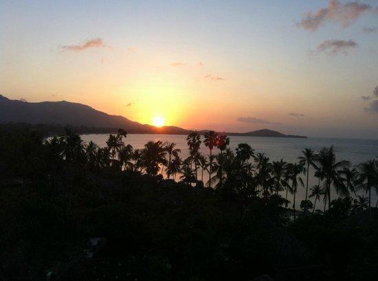 Fair House Villas & Spa : Sunset seen from balcony