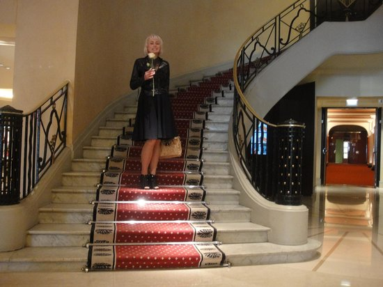 Hôtel Martinez : холл