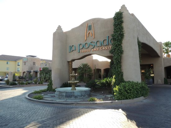 La Posada Lodge and Casitas: Main entrance