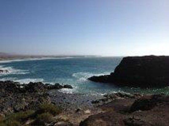 Gran Hotel Atlantis Bahia Real: Another view over Fuerteventura