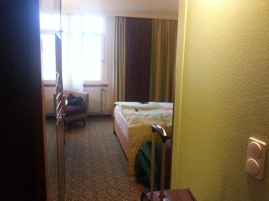 Hotel Mercure Wien Westbahnhof: Antique room