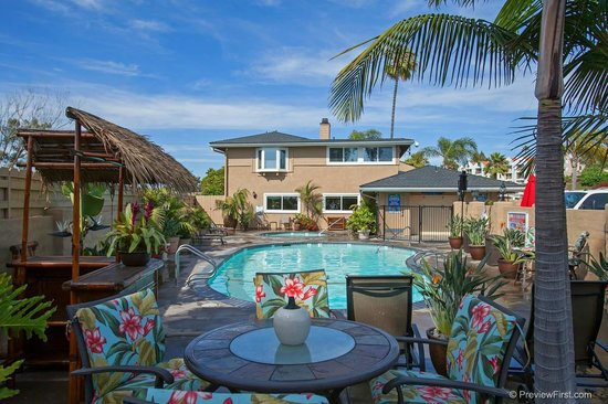 Paradise by the Sea Beach RV Resort: Resort-style Tropical Pool and Spa