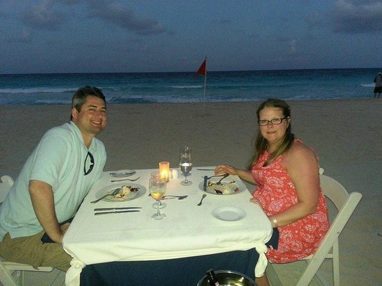 Sun Palace : DInner on the Beach