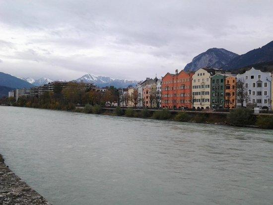 Hotel Innsbruck : Vista al Río Inn