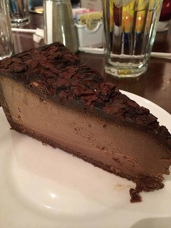 Carnegie Deli at the Mirage : Chocolate cheesecake