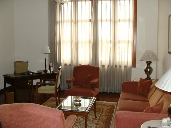 Maidens Hotel : Living area