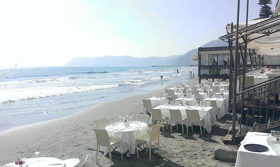 Restaurant La Prua: вид ресторан