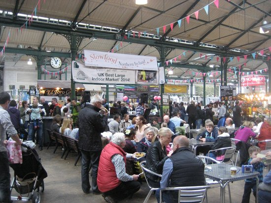 St. George's Market: Lunch time