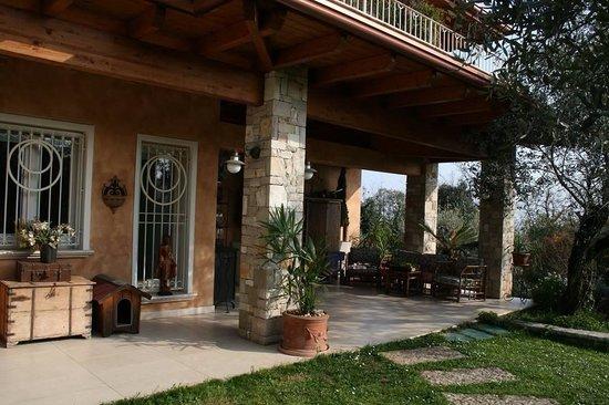 Villa Rosa Camuna: La villa