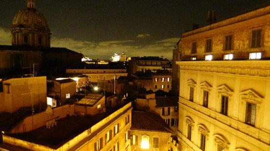 Boutique Hotel Campo de Fiori: Vue de la chambre