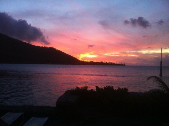 Hotel Kaveka : sunset from our bungalow
