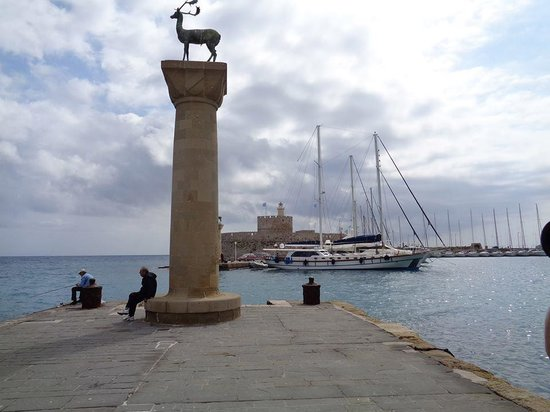 Rhodes Wonder - Private Taxi Tours: Colossus of Rhodes