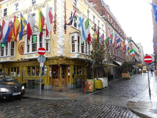 Oliver St. John Gogarty's Pub: Outside
