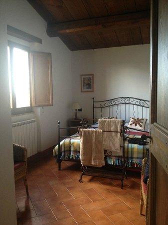 Alsagra : Master bedroom in L'Alba apartment