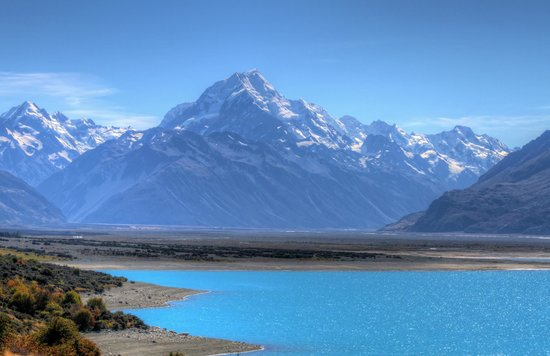 Aoraki/Mt. Cook: Mt Cook & Lake Pukaki with the Southern Alps all around