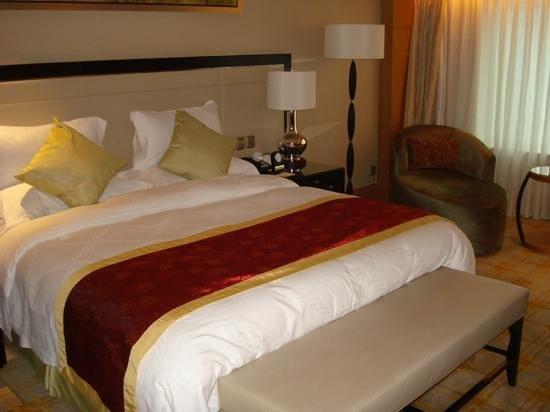 Zhongmao Haiyue Hotel: room
