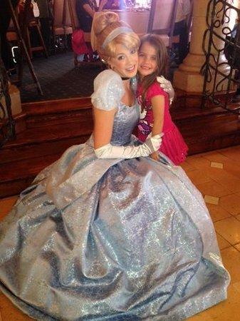 Auberge De Cendrillon: cendrillon et ma fille