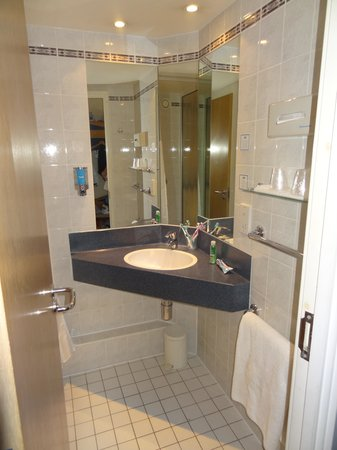 Holiday Inn Express London - Hammersmith: łazienka