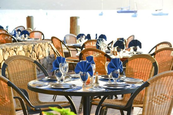 Water's Edge dining at the Clubhouse Restaurant at Bitter End Yacht Club