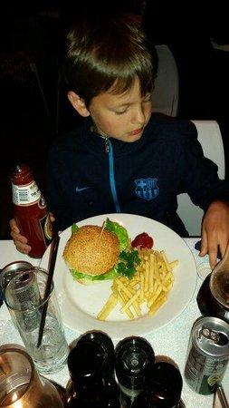 Jakes in the Village: Children's burger