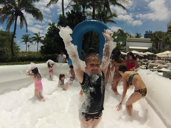 Loews Miami Beach Hotel: Foam Party