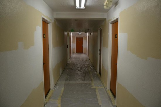 Comfort Inn - Los Angeles / West Sunset Blvd. : Renovations in progress