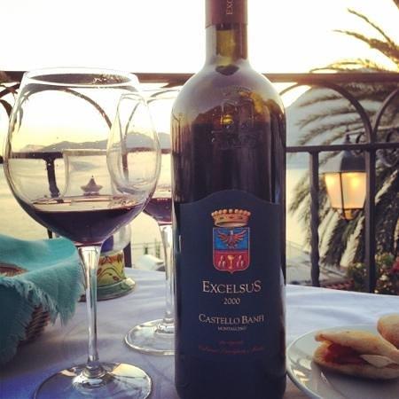 La Strada: wine and view