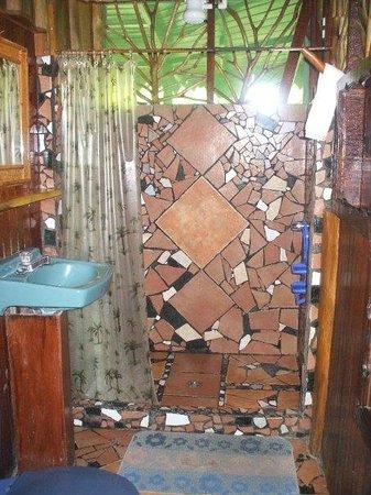 Hotel La Costa de Papito: Bathroom