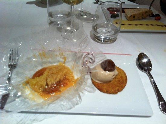 Restaurant Le Bourbonnoux: poached peach
